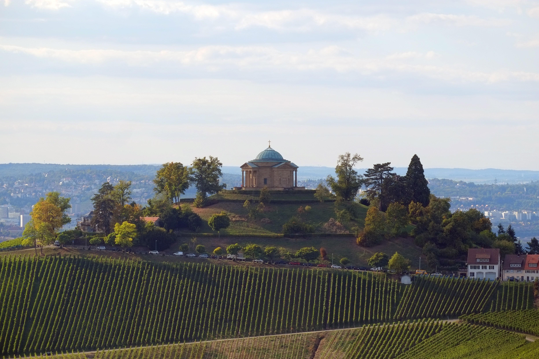 Grabkapelle auf dem Württemberg; Foto: Staatliche Schlösser und Gärten Baden-Württemberg, Markus Berner