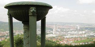 Grabkapelle auf dem Württemberg, Ausblick von der Treppenanlage