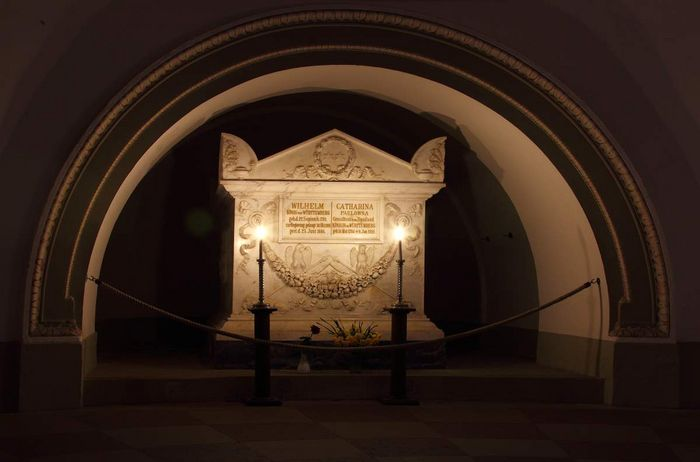 Sarcophagus of Queen Katharina and King Wilhelm I in the crypt of the Sepulchral Chapel on the Württemberg