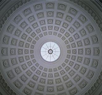 Innenansicht der Kuppel der Grabkapelle auf dem Württemberg